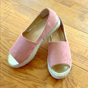 Rose Flatform Shoes
